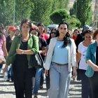 Figen Yüksekdağ öldürülen teröristlerin ailelerine taziye ziyaretinde bulundu