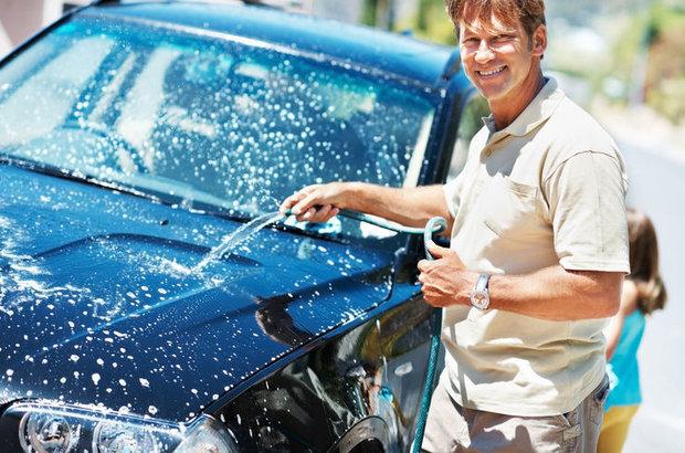 Araba yıkamak, yürüyüşten daha fazla enerji harcatıyor