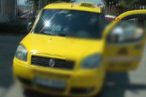 Edirne'de durdurulan taksiden 11 mülteci çıktı