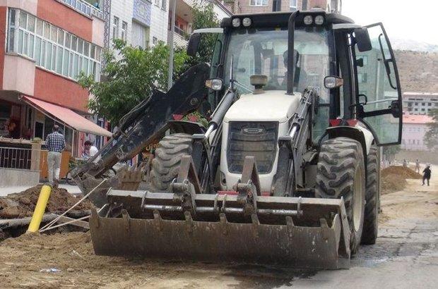 Bitlis, Hizan, güvenlik amacıyla iş makinelerine el konuldu