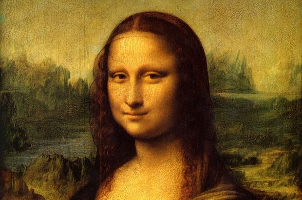 Uzmanlar İtalyan ressam Leonardo Da Vinci'nin dünyaca ünlü tablosu 'Mona Lisa'nın büyüleyici gülüşünün gizemini çözmeyi başardıklarını açıkladı.