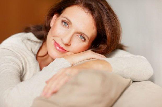 Menopoz, menopoz belirtileri, menopoz yaşı, menopozda ne yapılmalı,  Dr. Ceren Yıldız Eren