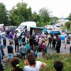 Sakarya'da fındık işçilerini taşıyan traktör devrildi: