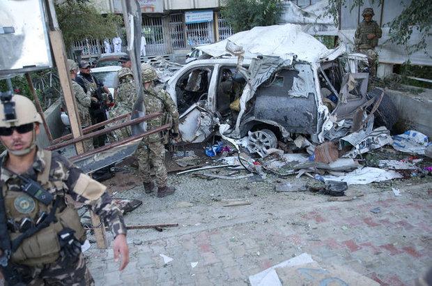 Afganistan, NATO konvoyuna bombalı saldırı