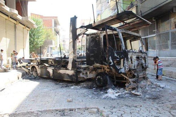 Silopi'de olay yerine gelen polisle çatışma çıktı