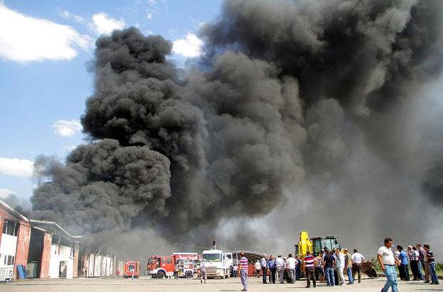 Elazığ'daki yangın fabrikada ağır hasara neden oldu