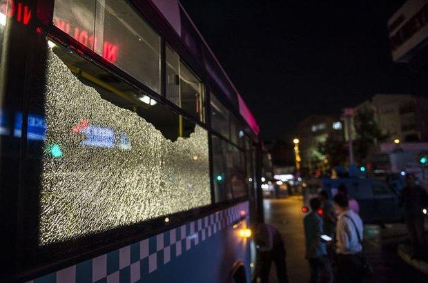 İstanbul, Okmeydanı, halk otobüsüne molotoflu saldırı!