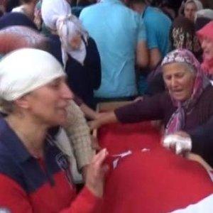 HOPA'DAKİ SELDE HAYATINI KAYBEDEN 3 KİŞİ TOPRAĞA VERİLDİ