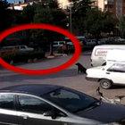 Konya'da köpekten kaçan genç kızlara araba çarptı!