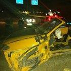 Tır yola çıkan üstü açık otomobili ezdi : 2 ölü, 1 yaralı