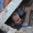 Karabük'te göçük altında kalan işçi 3 saat sonra kurtarıldı
