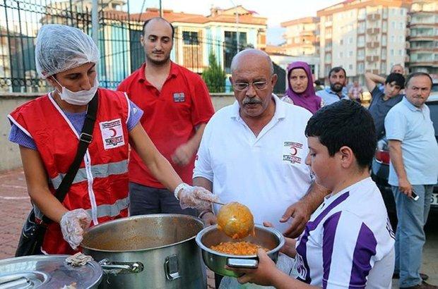 Türk Kızılayı Yönetim Kurulu Üyesi Okyay Biçer,Hopa,Artvin,