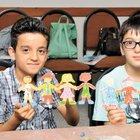 Şişlili çocukların oyuncak üretimi