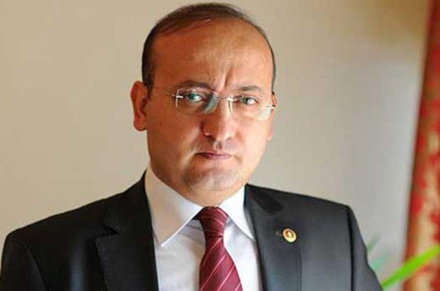 Yalçın Akdoğan, Türkeş'in siyasi sorumluluk aldığını söyledi