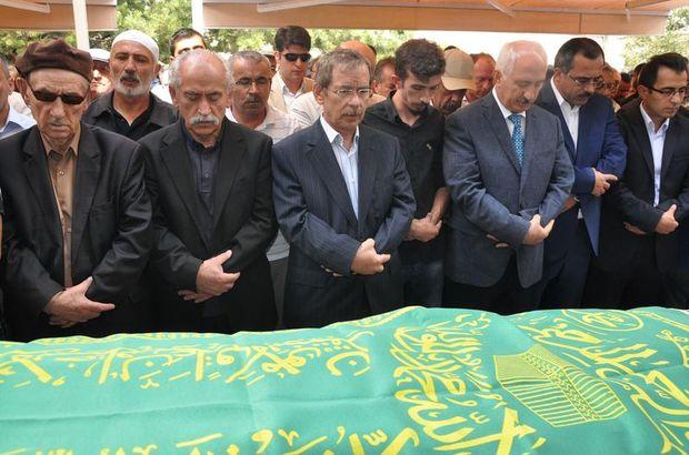 Abdüllatif Şener, Mahmut Şener, Sivas