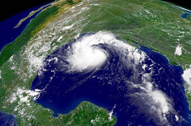 ABD,Florida Valisi, Erika kasırgası,