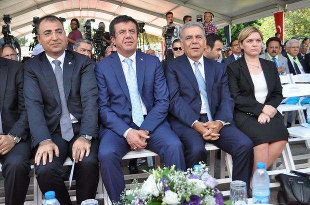 Ekonomi Bakanı Nihat Zeybekci,  İzmir Büyükşehir Belediye Başkanı Aziz Kocaoğlu, İzmir Enternasyonal Fuarı 84. kez açıldı