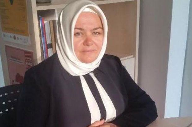 Bakanlar Kurulu'nda Aile ve Sosyal Politikalar Bakanı olan Ayşen Gürcan, Türkiye'nin ilk başörtülü bakanı