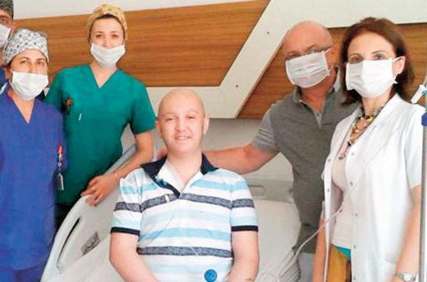 Erol Karayaz 19 yaşında lösemi hastası