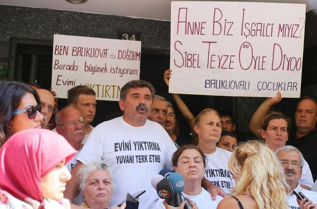 İzmir, CHP binasındaki işgal sona erdi