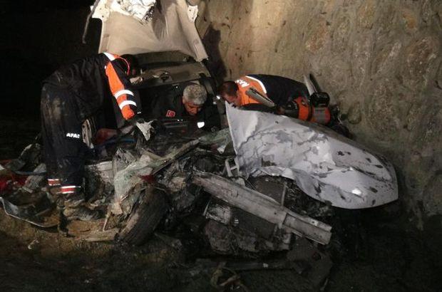 Erzincan, Kurbanlık yüklü tır kaza yaptı, Trafik kazasında 5 kişi öldü