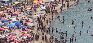 Halk plajında sıradan bir gün