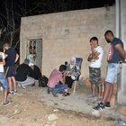 Suriyeli sığınmacıları bekçinin dikkati kurtardı