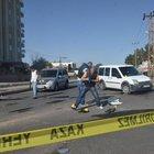 Sivil polis aracına uzun namlulu silahlarla saldırı: 1 komiser ağır yaralı