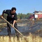 Sivas''ta itfaiye aracı hararet yapınca ekipler yangını kürekle söndürdü