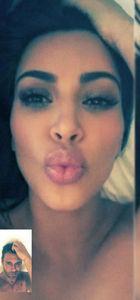 Kim Kardashian Mert Alaş'la bu pozları verdi