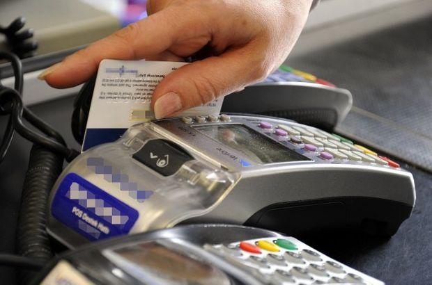Yüzlerce kredi kartını kopyalayıp alışveriş yapmışlar