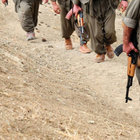 Siirt'te teröristler, askere ekmek götüren aracı yaktı