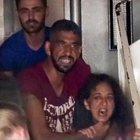 Adana'da şizofreni hastası, boğazına bıçak dayadığı ablasını rehin aldı