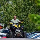 Mehmet Aslantuğ'un ATV'yle gezinti keyfi