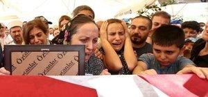 Şehit Emniyet Amiri Aksoy, son yolculuğuna uğurlandı