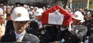Şehit polis memuru Ahmet Akalın son yolculuğuna uğurlandı