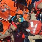 Sahil Güvenlik ekipleri 3 günde bin 118 kaçak kurtarıldı