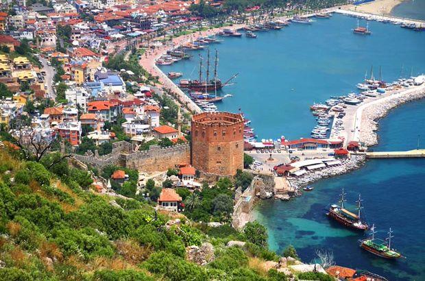 Antalya'ya gelen yabancı sayısı azaldı
