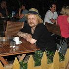 Harun Kolçak'ın Cihangir'de yorgunluk kahvesi
