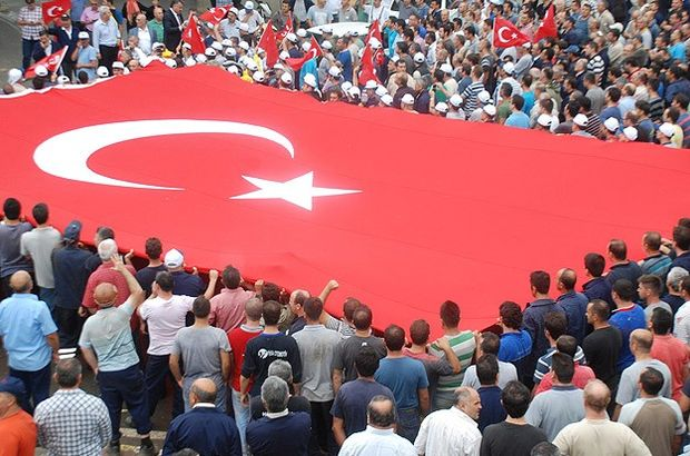 Türkiye terörü lanetlemek için yürüdü