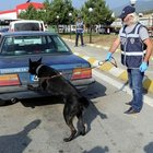Polis memurunun aracında 30 kilogram eroin bulundu