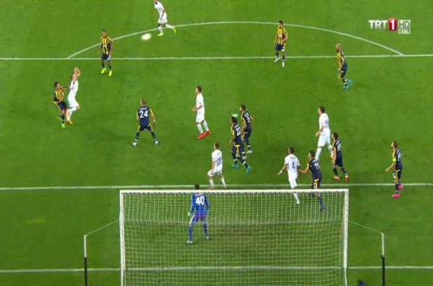 Fenerbahçe-Molde maçında tartışılan penaltı