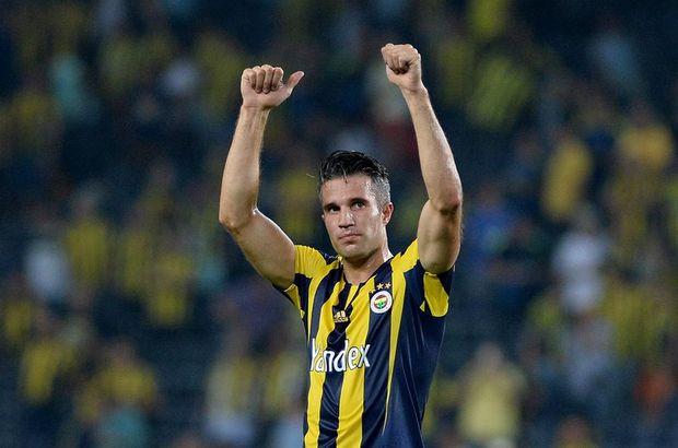 Fenerbahçe'de Robin van Persie ilk 11'de
