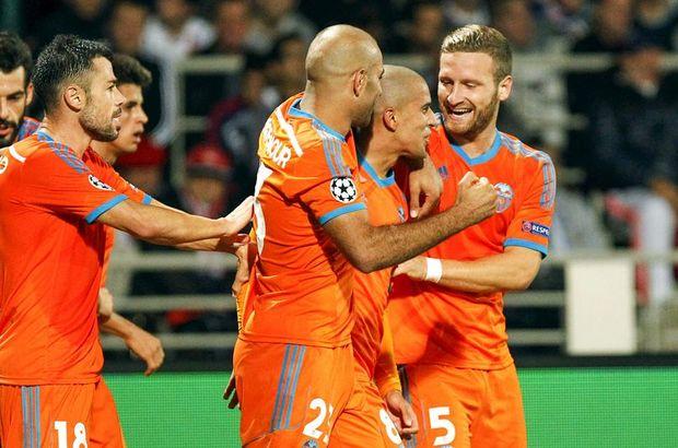 Şampiyonlar Ligi H Grubu ikinci maçında Valencia deplasmanda Lyon'u 1-0'lık skorla yendi