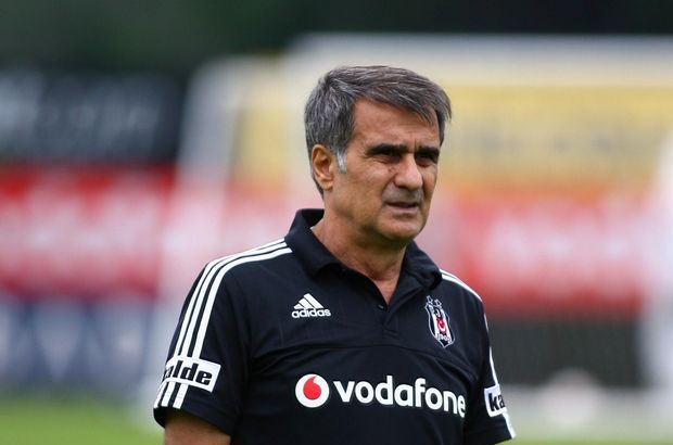 Beşiktaş'ın Sporting Lisbon maç öncesi Şenol Güneş'in planları şekillendi. Tecrübeli hoca, zorlu mücadelede Quaresma'ya özel görevler verecek