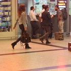 Yalın ve Hazal Emre havalimanında görüntülendi