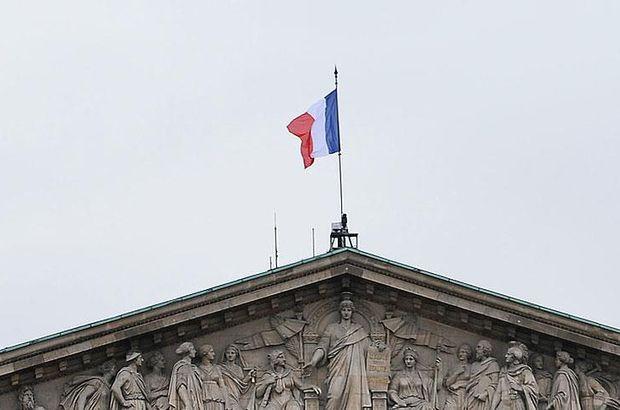 Fransa'dan BM'ye veto hakkı kısıtlama önerisi