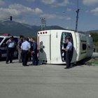Bursa'da yolcu midibüsü devrildi: 20 yaralı