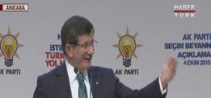 Başbakan Davutoğlu AK Parti'li gençle böyle kucaklaştı