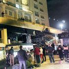 Beylikdüzü'nde gece yarısı restoran kundaklandı!